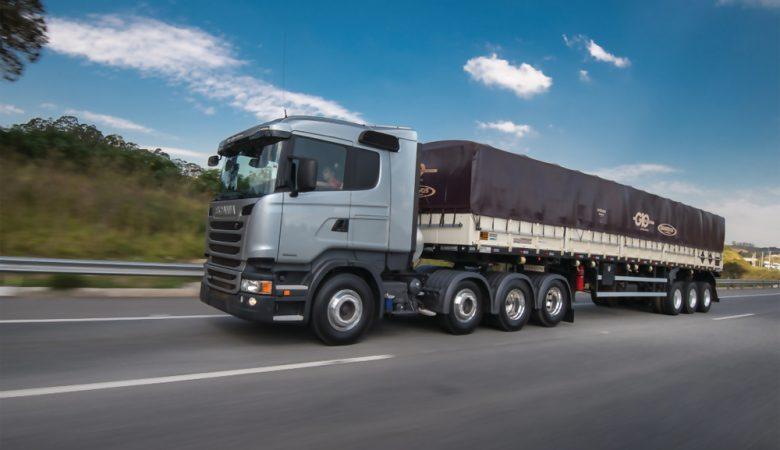 proteção lateral do caminhão